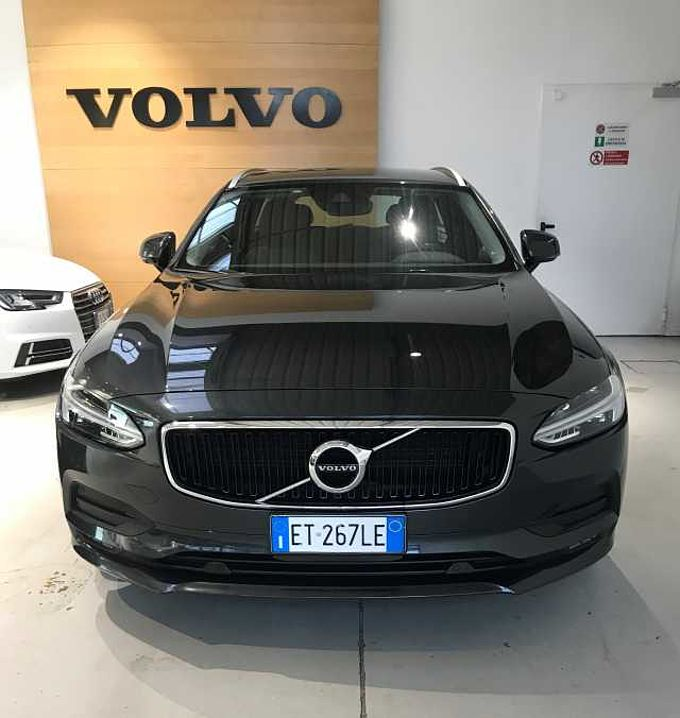 Volvo V90 D4 MOM GEAR