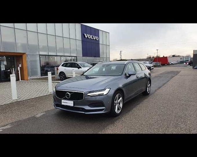 Volvo V90 (2016--->) V90 D4 Geartronic Business Plus